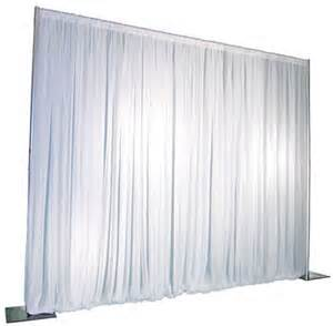 Freestanding Pipe and Drape Wall 8' x 8'